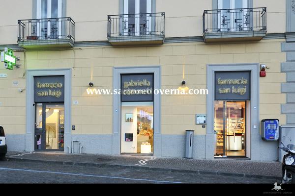 pharmacy_Naples-004 (1)